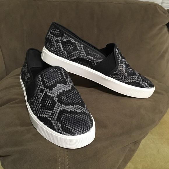 Vince Blair 5 Snakeskin Print Sneaker